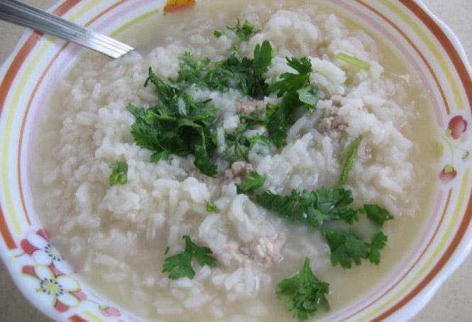 Lekka zupa ryżowa