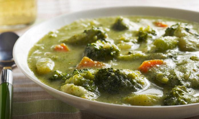 Broccoli og gulerodssuppe